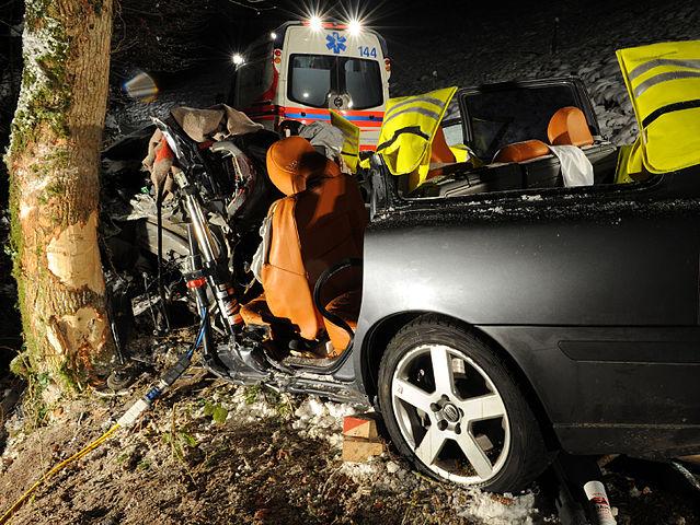 639px-Accident_Ebersecken